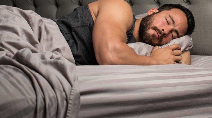 تاثیر خواب در بدنسازی